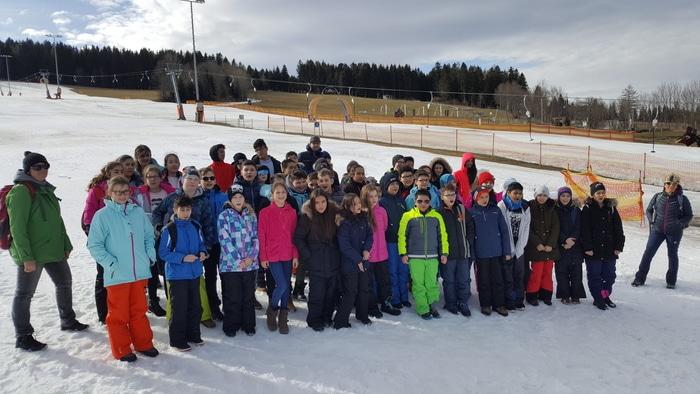 Ein Gruppenfoto des Skitages